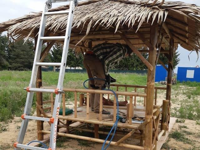 Montage Bambus Gartenmöbel